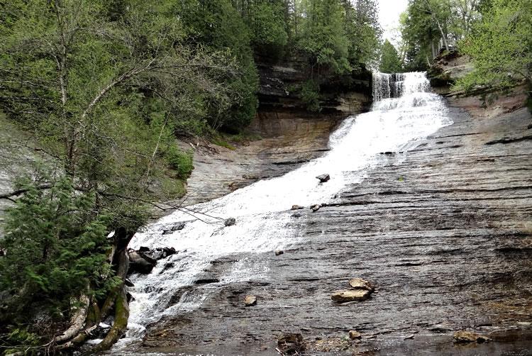 Laughing Whitefish Falls